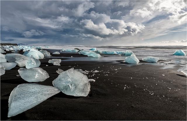 Jokulsarlon Icebergs - Greg Earl